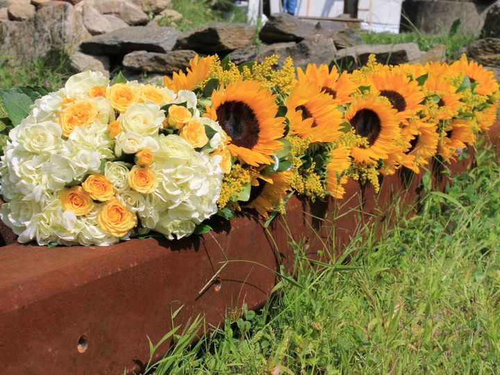 Tmx 1419389077516 Img1930 Sandy Hook, CT wedding florist