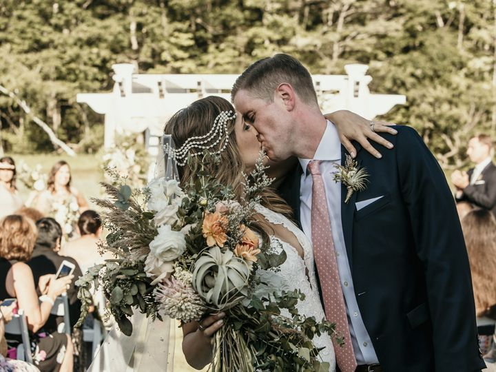 Tmx Photographerfavs 076 51 386238 159613338982799 Farmington, NH wedding photography