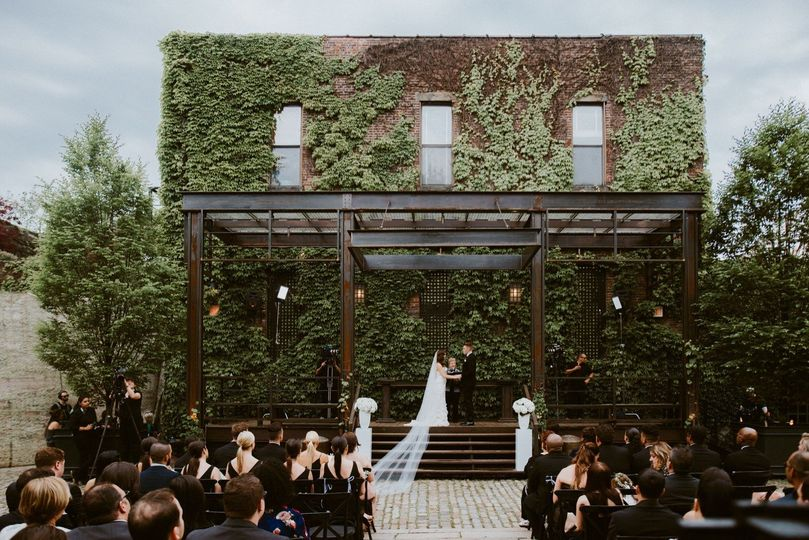 a wedding at the foundry long island city 66 51 448238 157858777399412