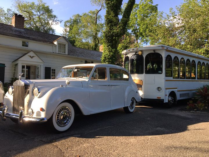 Mark of Elegance Limousine Services