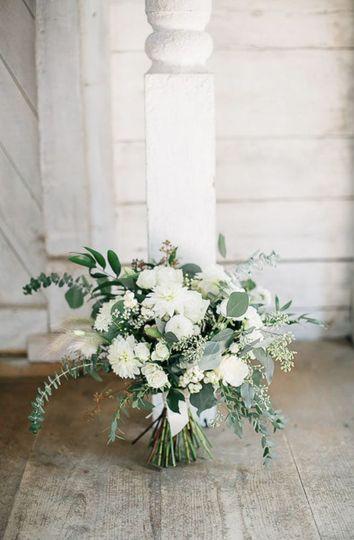 Bridal Bouquet by Lemon & Tulips / Venue: Hardy Farm / Photos by Maine Tinker