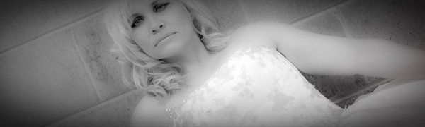 B/W bride