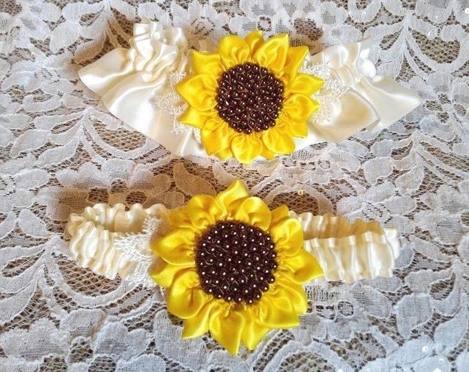 sunflower garter 8