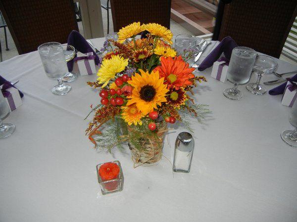 Tmx 1332964458991 Lynchcenterpiec Franklin wedding florist