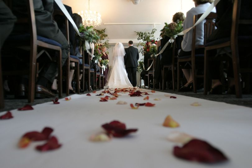 f1aacd8b1727ec27 1535565581 c4ad7eb3a0ff308e 1535565580864 5 bride ceremony cha