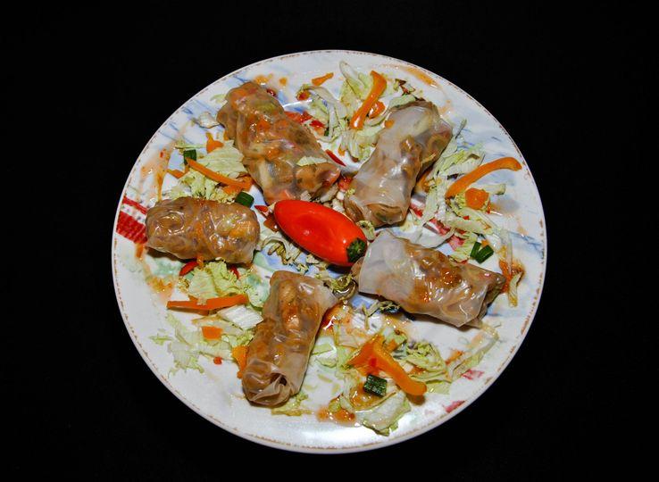 Vietnamese sticky chicken summer rolls