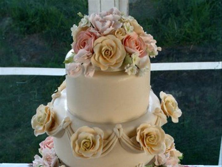 Tmx 1273758692492 053009Saratopdown Raleigh wedding cake