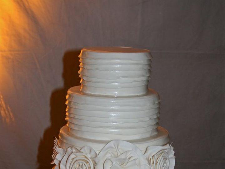 Tmx 1343755143343 061111MichelleSclearerHildene Raleigh wedding cake