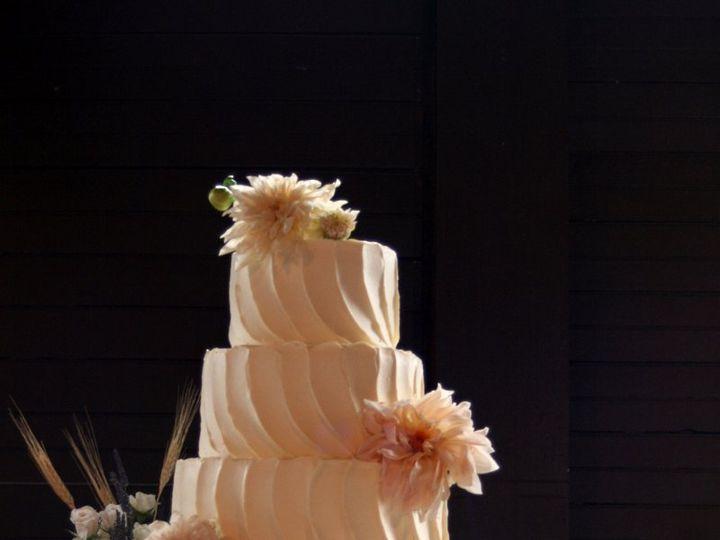 Tmx 1343755423836 100111KristenMvertical Raleigh wedding cake