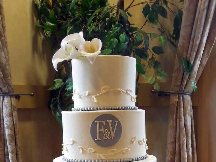 Tmx 1418393283900 072614 Farah R Killington Raleigh wedding cake