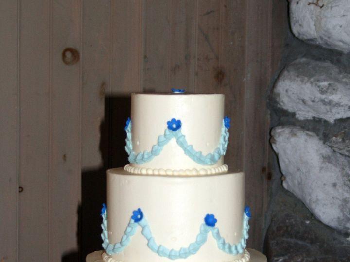 Tmx 1418393362557 081614 Suzanne L Equinox Pond Raleigh wedding cake