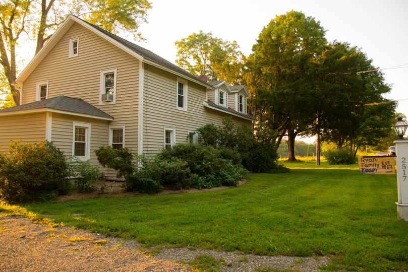 Farmhouse for 10-12 guests