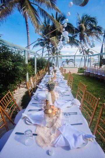 Dinner Set Up | Photo Credit: Romantic Travel Belize