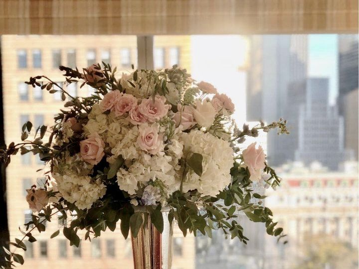 Tmx 1532032994 9717888150a054bd 1532032993 Befa5fe2eedeb07e 1532032988322 1 07A0A822 FB2C 4833 Brooklyn, NY wedding florist