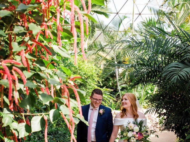 Tmx Conservatory Bride Groom 51 28438 158101438317946 Des Moines, IA wedding venue