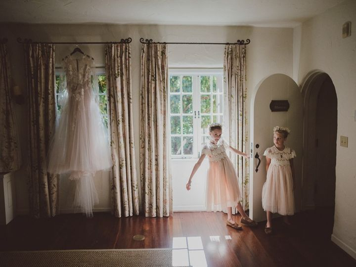 Tmx 043 0247 Lwco 20181020 Rosieross Ss Nowm 51 209438 157652954830472 San Rafael wedding photography