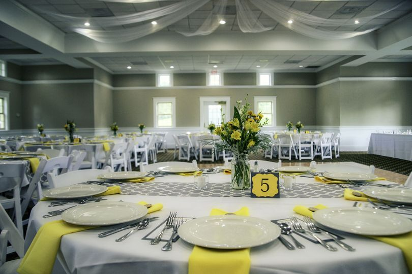 Yellow linens