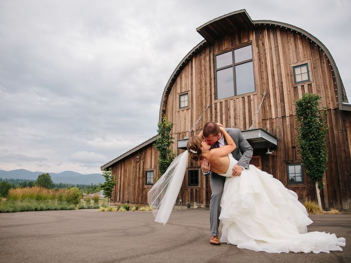 Tmx 1493762602770 Danny Marie Wedding0168 Puyallup, Washington wedding photography