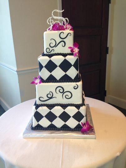 Checkered wedding cake
