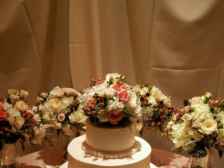 Tmx 1487622496333 20160917203312 1 Fairport, New York wedding cake
