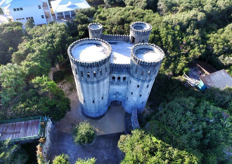 This is the one and only castle Otttis in Vilano Beach.  A castle by the beach, who would have thunk...