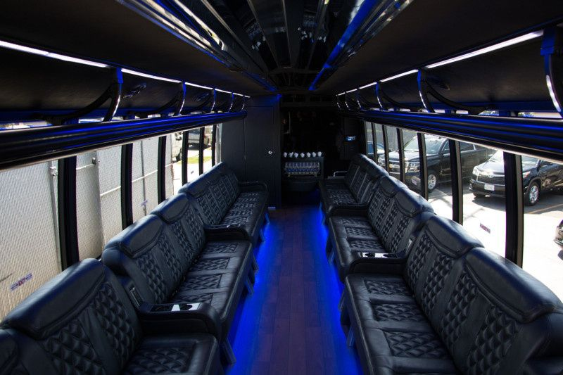 800x800 1468282626799 limo bus interior 800x