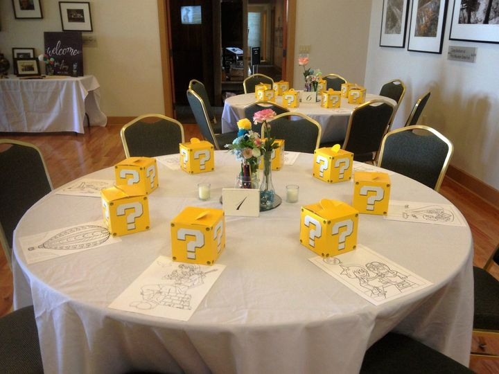 Cute gift boxes for guest.  Help fill the table when using a buffet.