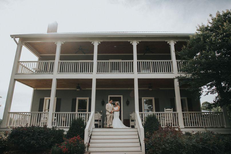 a7c79d2ce96ec068 1517701739 acf4c4d5f4e6a4f3 1517701556275 74 Nashville Wedding