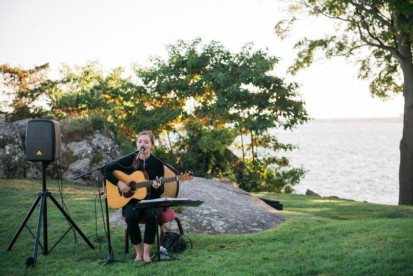 Lindsay Straw Folk Singer Amp Guitarist Reviews Amp Ratings