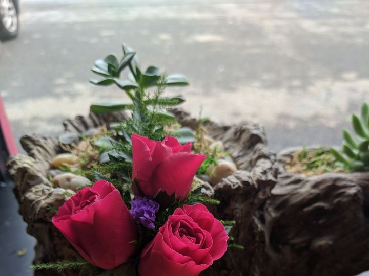 Tmx 1537214795 0922bcc760ebbe68 1537214792 F50d2f5699ca75ba 1537214779455 10 IMG 20180623 1146 Toughkenamon, Pennsylvania wedding florist