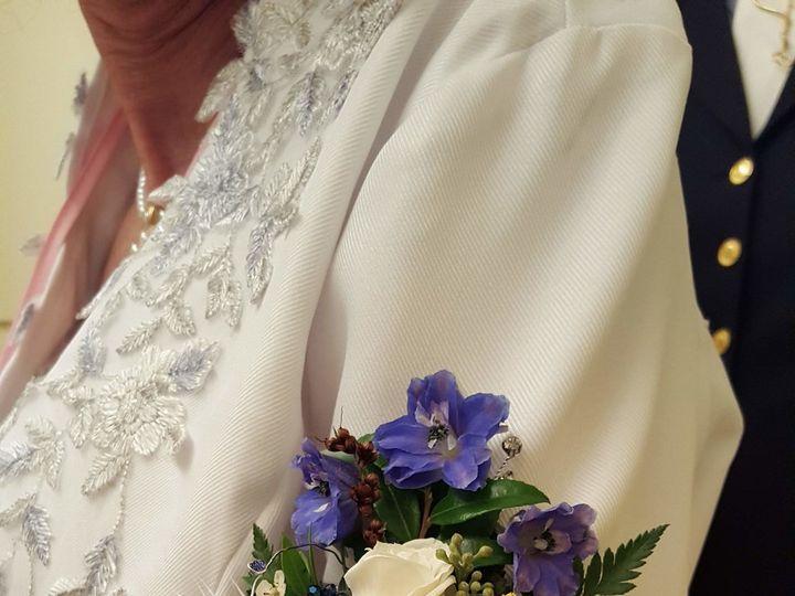 Tmx 1537215124 2e3a6ff224f01310 1537215121 29ab3dbf0aa94378 1537215114301 5 20180908 140747 Toughkenamon, Pennsylvania wedding florist