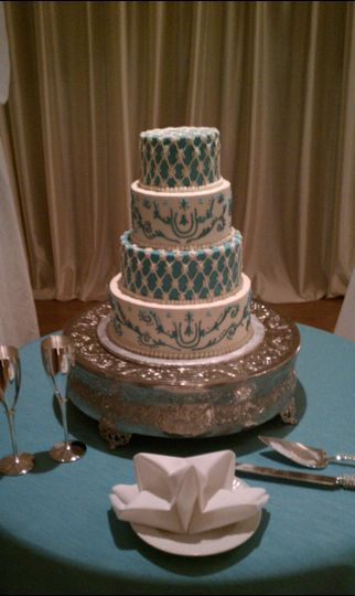 Detailed 4-tier cake