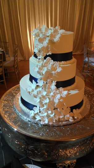 3-tier cake with cascading sugar flowers