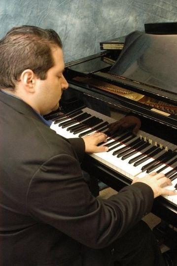edgardoojedamusiccompiano2