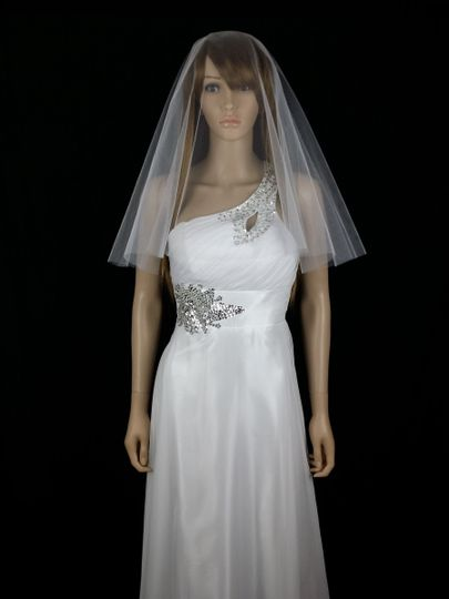COCO - Simply charming double layered tulle veil with raw edging