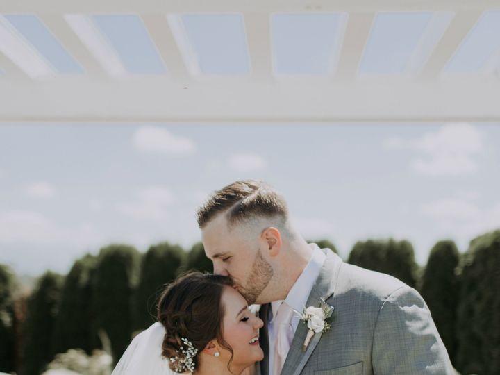 Tmx 1520976573 6d59a691177e0596 1520976571 7af3e63e4185364c 1520976570423 8 LaurenandCodyWEDDI Federal Way, Washington wedding beauty