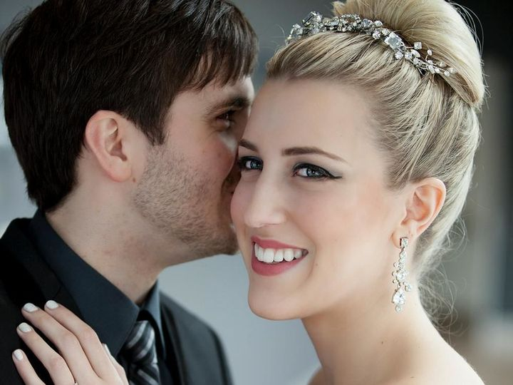 Tmx 1520976626 8c9356fdac6658ae 1520976625 Fe1be1e09009849b 1520976625287 13 413658 3720433861 Federal Way, Washington wedding beauty