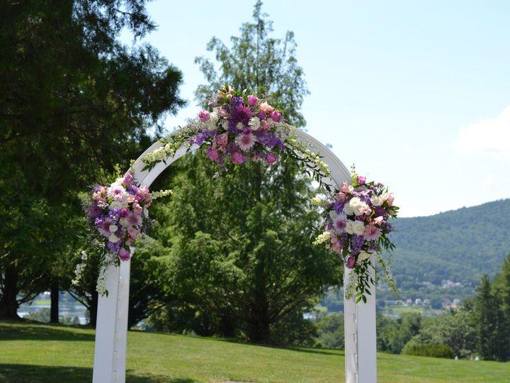 Tmx 1473350290597 Dsc0305 Lemoyne, Pennsylvania wedding florist