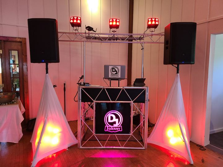Booth Red Albia Country Club