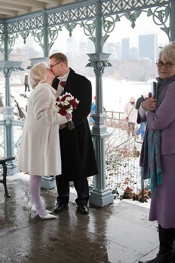 A beautiful wedding ceremony performed by your officiant at the Ladies Pavilion at Central Park.