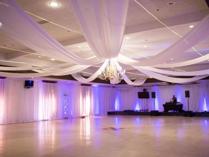 Tmx Img 9160 51 618738 159304423496644 Arroyo Grande, CA wedding florist