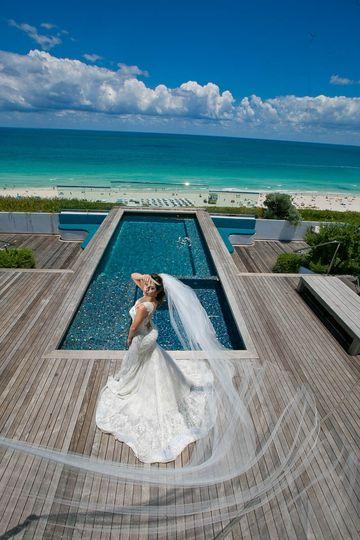 ab82beefe3 Santorini Weddings at the Hilton Bentley - Venue - Miami Beach, FL ...