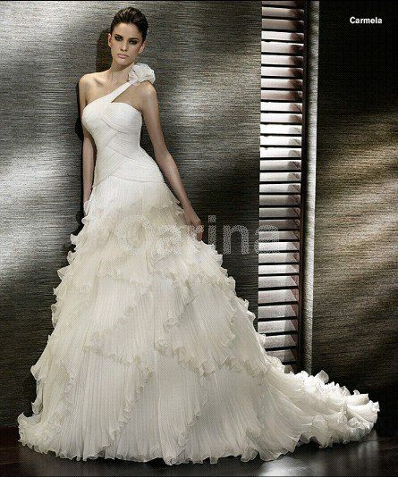 A-line Organza Ivory Wedding Dresses