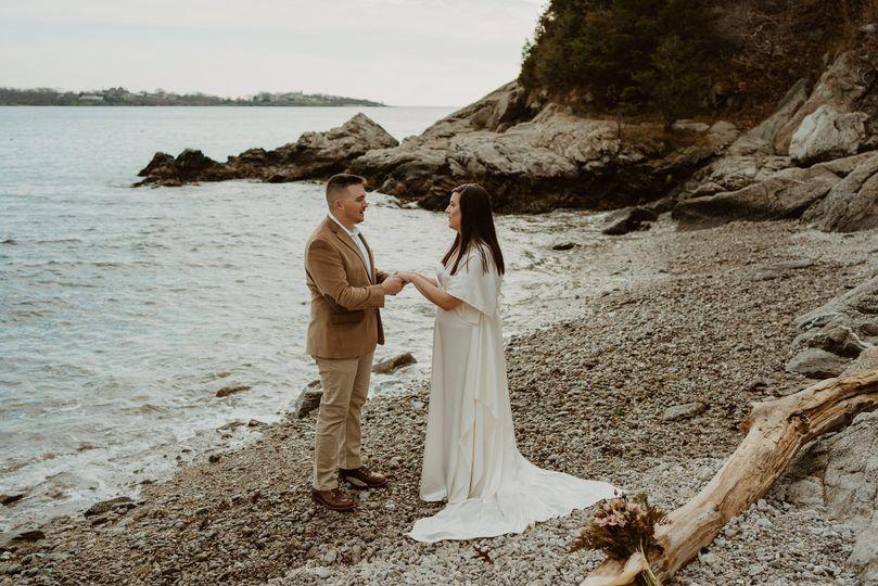 laurenhawkinsphotography jamestown rhodeisland elopement 9 of 144 51 993838 160971284843193