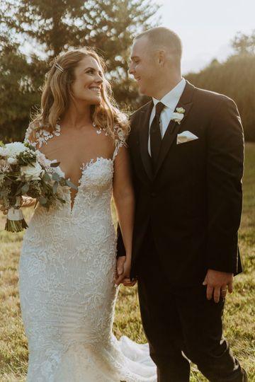 laurenhawkinsphotography katie mike ri backyard wedding 60 of 99 51 993838 160971279451394