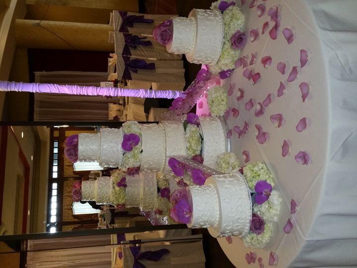 Tmx 1467302551232 201605141755180 Stephens City wedding cake