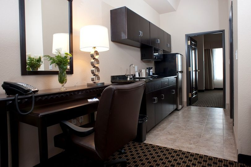 king suite kitche