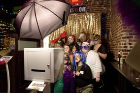 Everyday Elegance - Modern Open Air Photo Booth