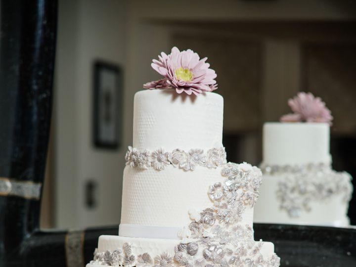 Tmx 1432045470831 Platinumbridalbee001 Penfield wedding favor