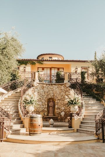 CaliPaso Winery & Villa